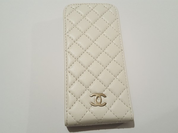 Чехол на iphone5 CHANEL белый  15008
