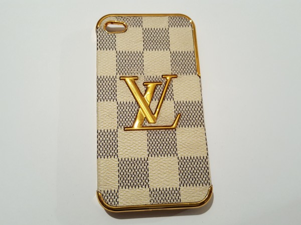 Чехол на iphone4 LOUIS VUITTON  15034